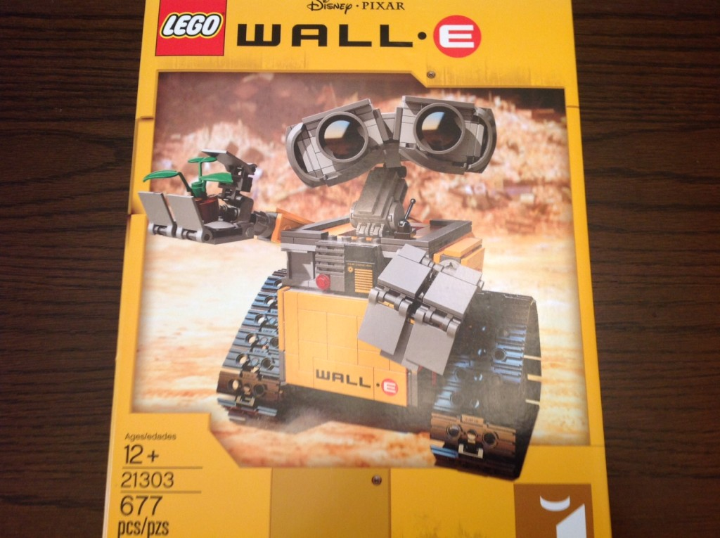 LEGO Ideas WALL-E 21303 ©WagonPilot