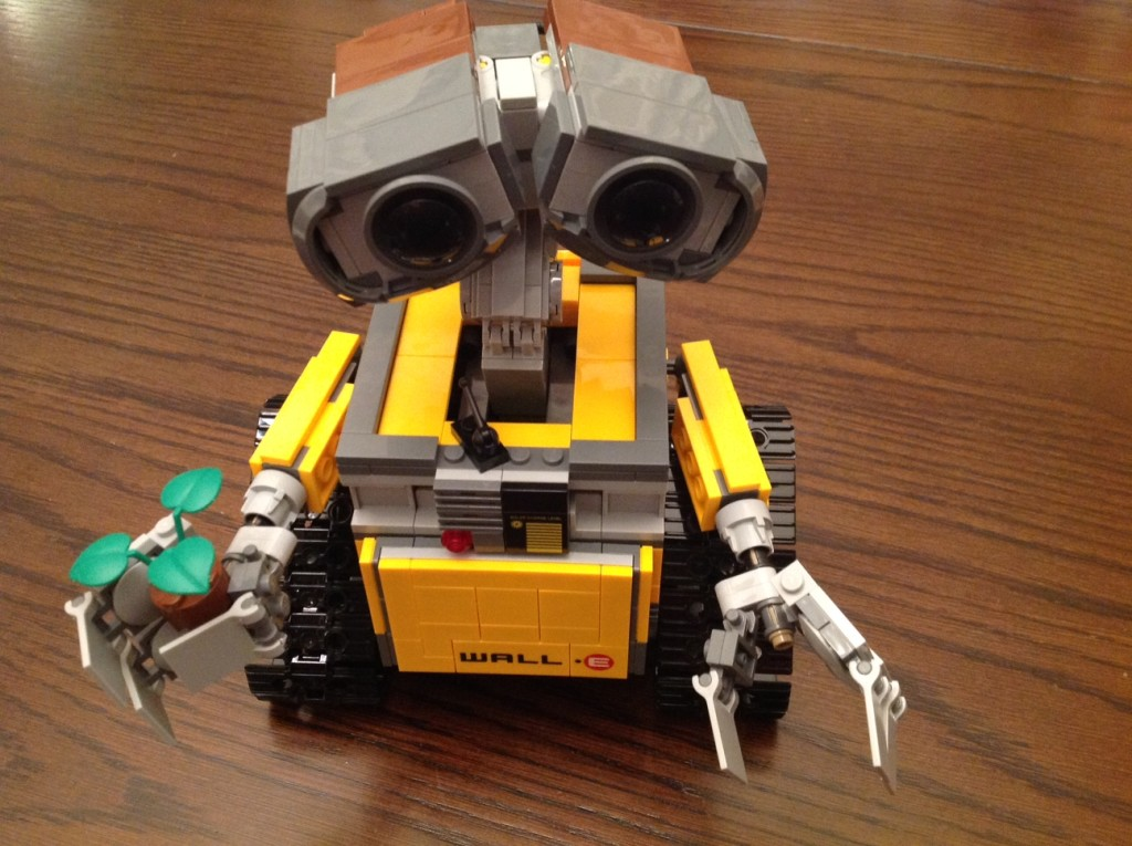 LEGO WALL-E Review ©WagonPilot