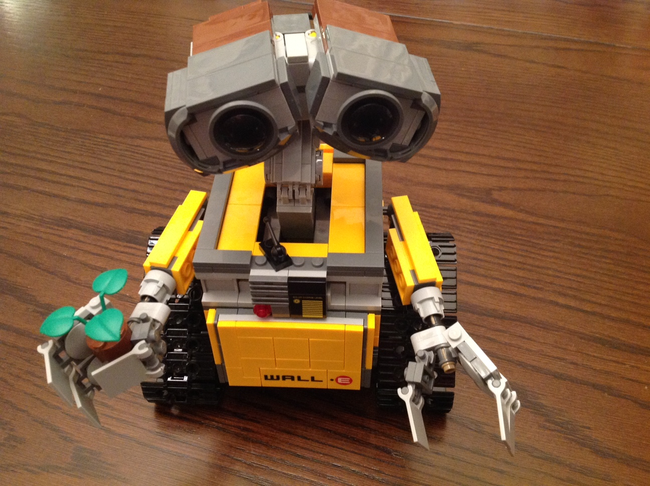 LEGO Ideas WALL-E Review