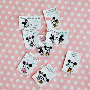 Mickey and Minnie Cuties Valentines Day Cards ©Disney