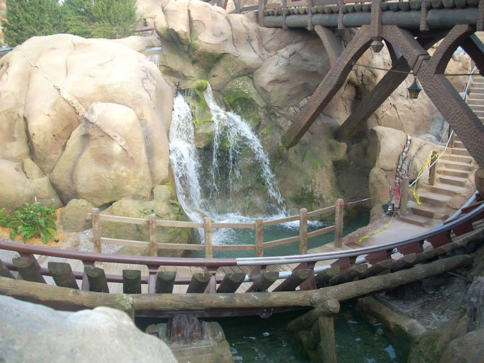 Seven Dwarfs Mine Train ©WagonPilot