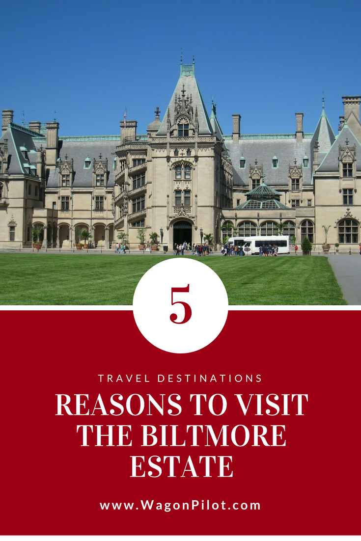 Biltmore Estate is a popular dog friendly hike in Asheville, NC. Visit iantje.tk for an overview of the trail, along with pictures, directions, and reviews from dog owners who've been there.