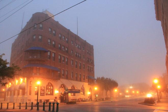 Lafayette Hotel Marietta, Ohio © R. Christensen