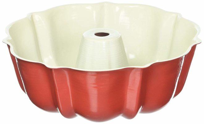 6 cup Nordic Ware Bundt Pan