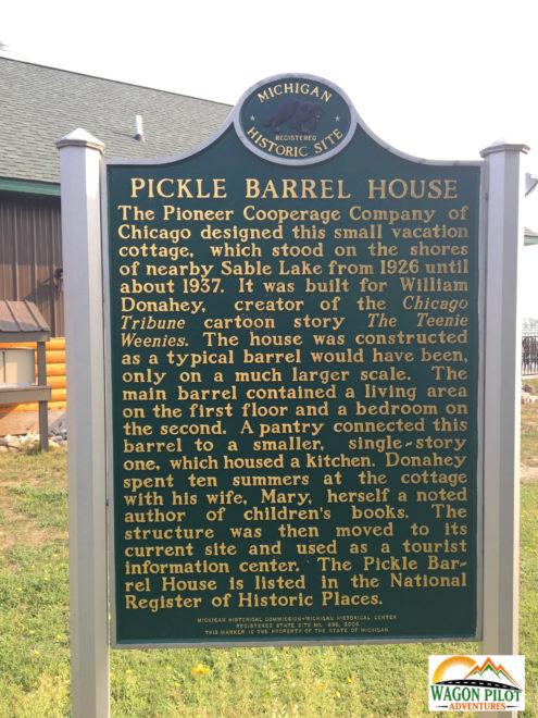 Pickle Barrel House © R. Christensen