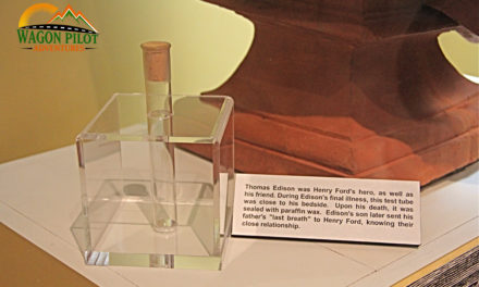 Was Thomas Edison's Dying Breath Really Saved Inside a Test Tube?