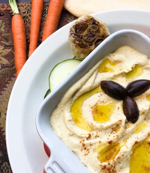 Easy Roasted Garlic Hummus